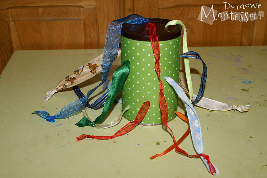 Gotowa puszka ze sznurkami
