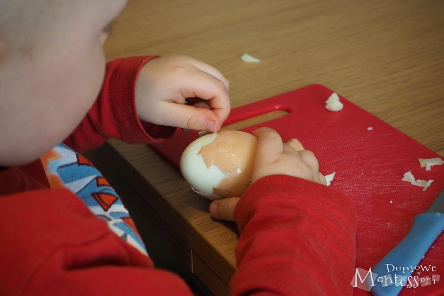 Obieranie jajek